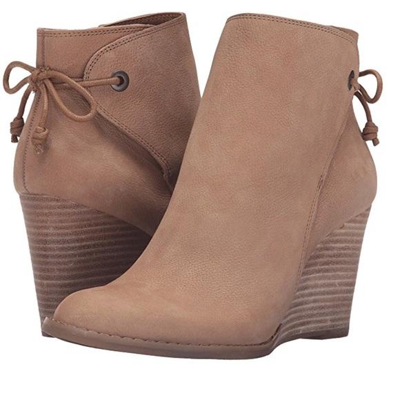 18149fc43803 Lucky Brand Women s Yamina Wedge Bootie